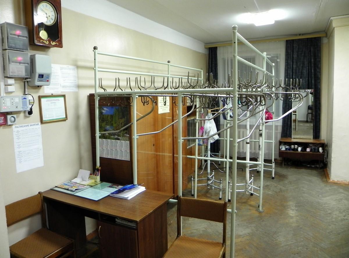 Koridor 1-go etazha Garderobnaya